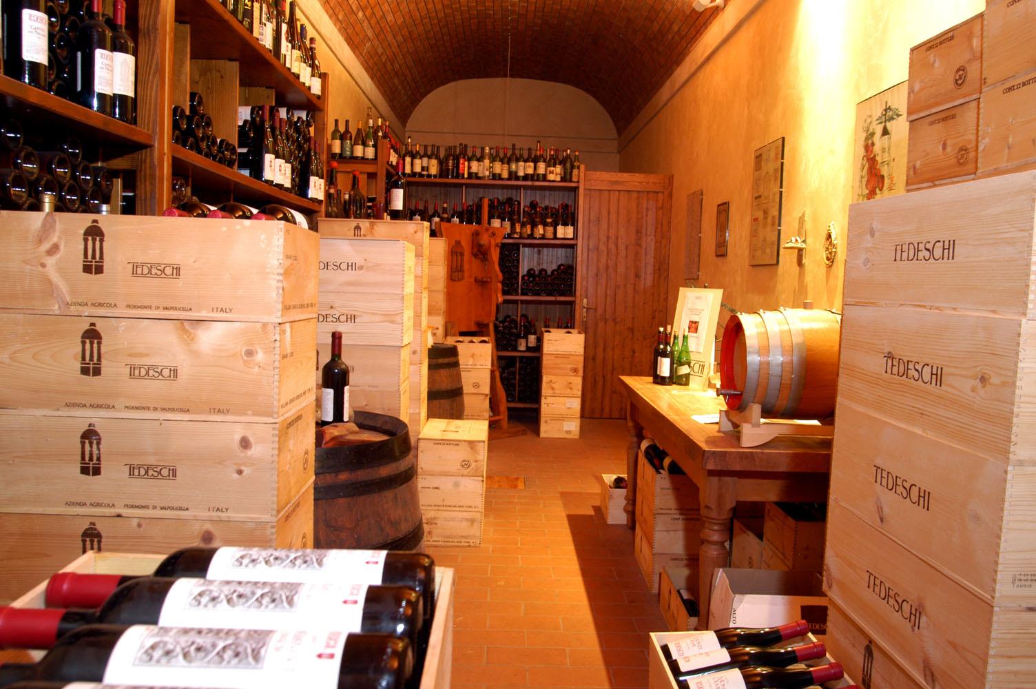 Famiglia Tedeschi - Tedeschi Wines
